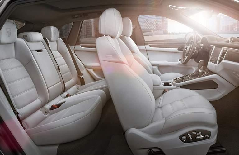 Used Porsche Macan interior