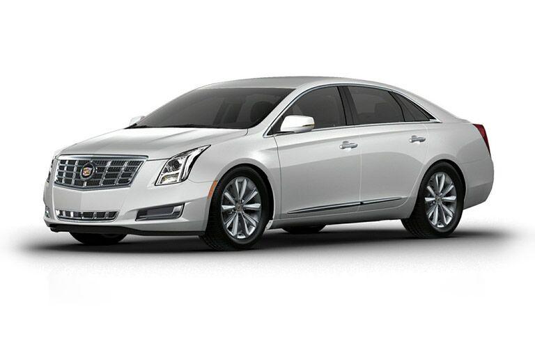 2013 Cadillac XTS white model