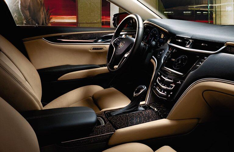 2014 Cadillac XTS interior