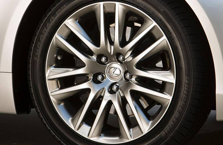 Used Lexus LS Dallas TX wheel