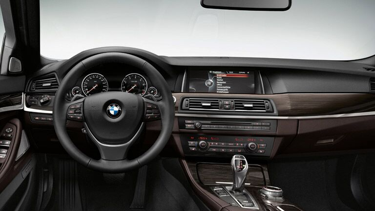 Used BMW 5 Series Dallas TX steering