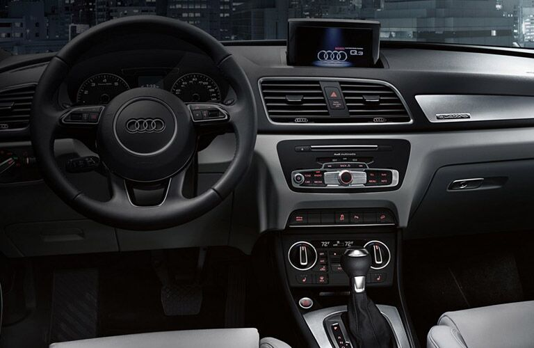2016 Audi Q3 Steering Wheel, Dashboard and Touchscreen Display