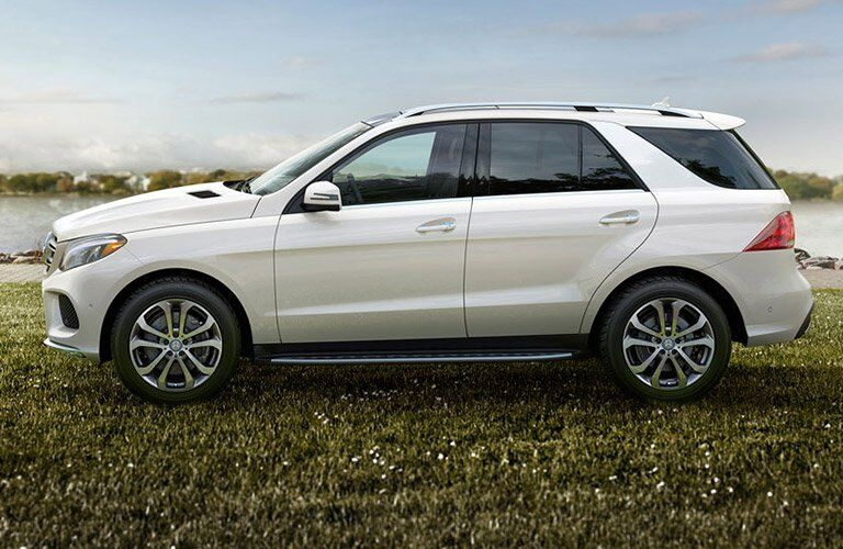 Used Mercedes-Benz GLE side view