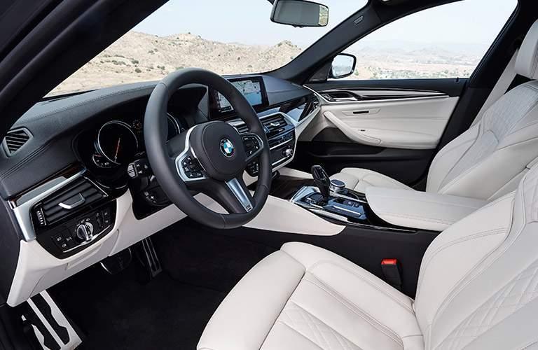 White 2017 BMW 5 Series Front Seat Interior