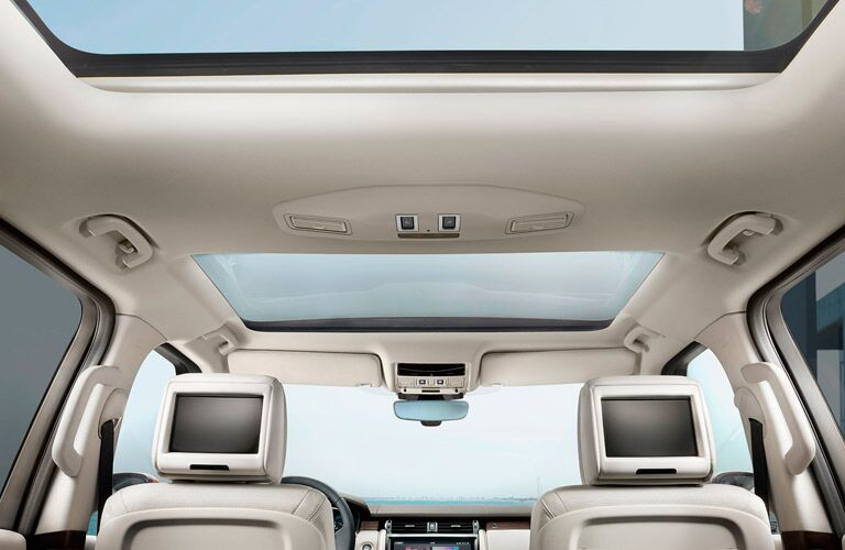 Sunroof on the Land Rover Discovery