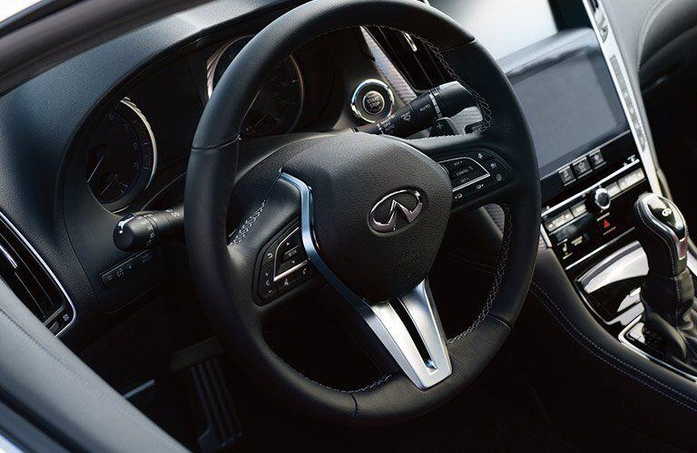 Used INFINITI Q60 interior