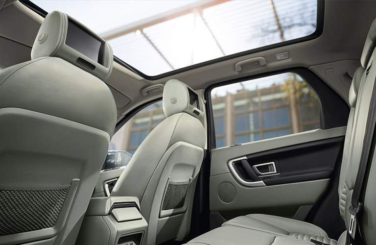2017 Land Rover Discovery Sport sunroof