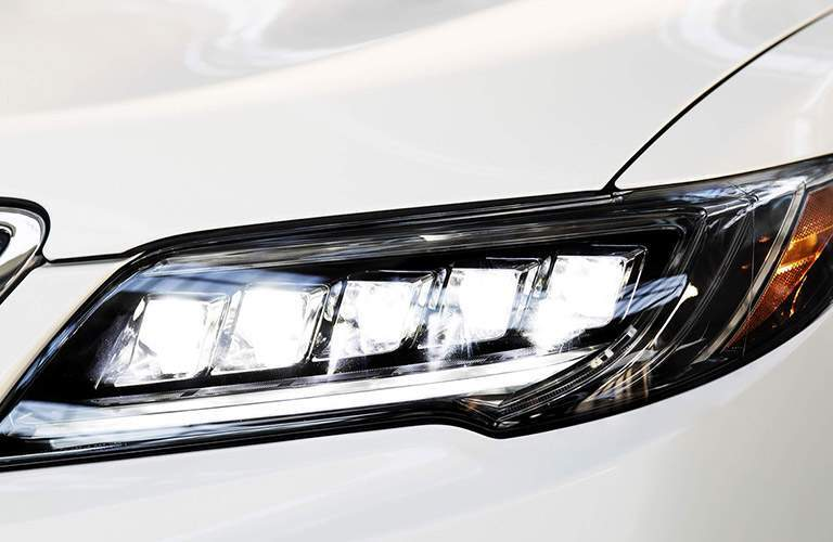 Close Up of 2017 Acura RDX Jewel Eye LED Headlight