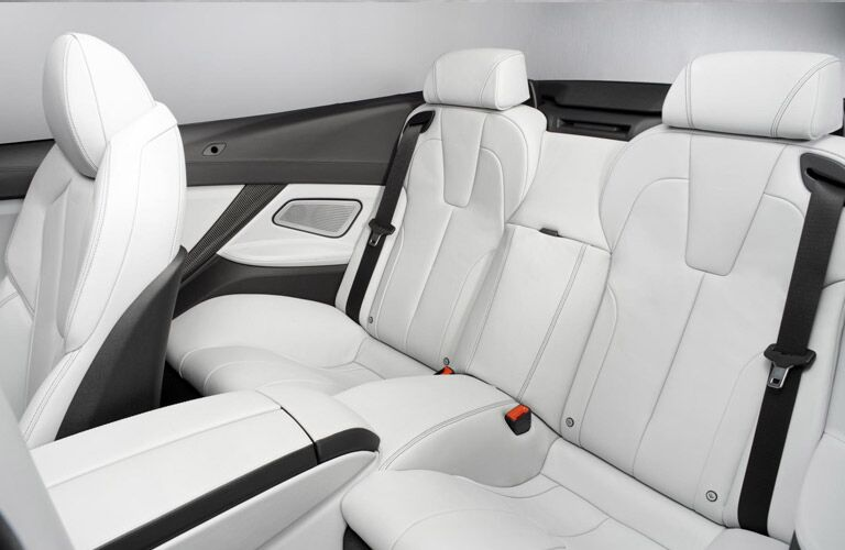 BMW 6 Series white leather seating