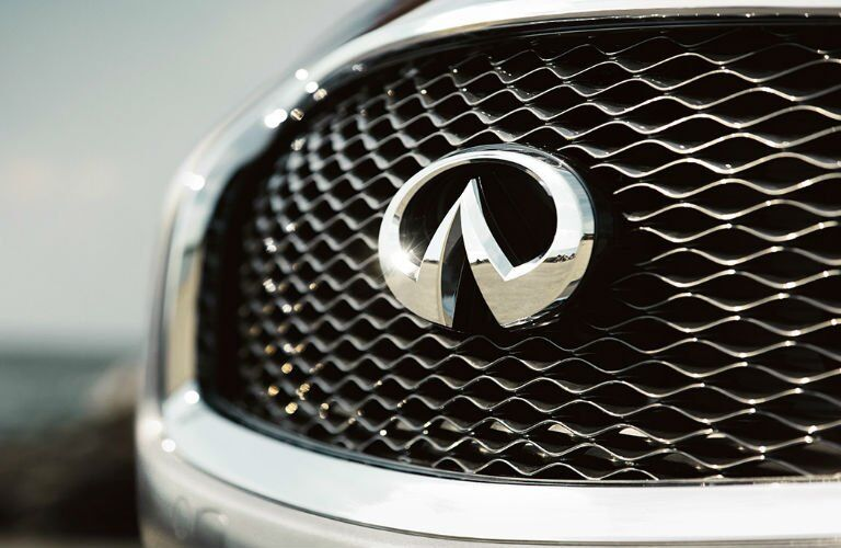 Front grille of INFINITI Q70 model