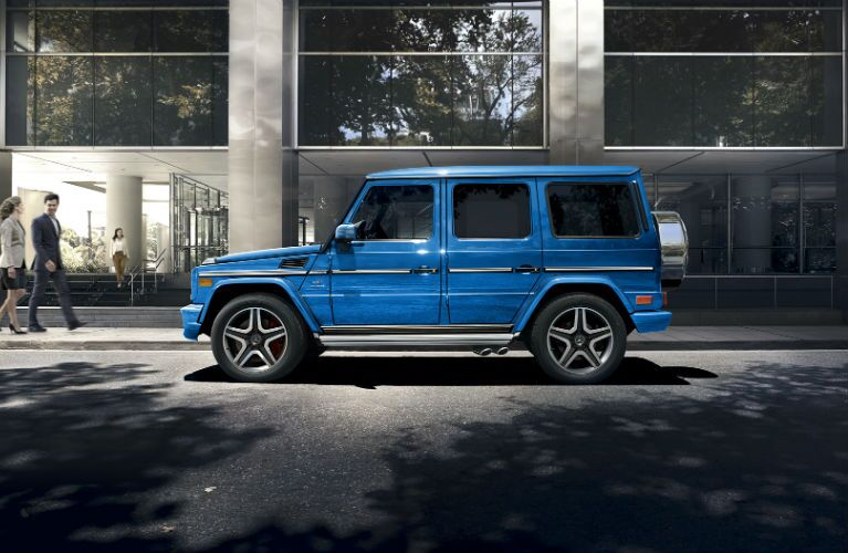 Mercedes-Benz G550 Electric Blue Color