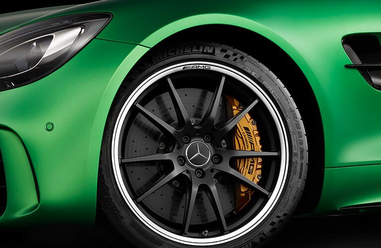 2017 Mercedes-AMG GT R Brake Calipers and Rotors