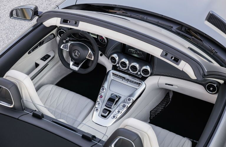 2018 Mercedes-AMG GT Roadster Center Console