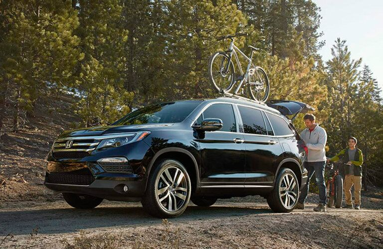 2016 Honda Pilot Elite with Bike Rack