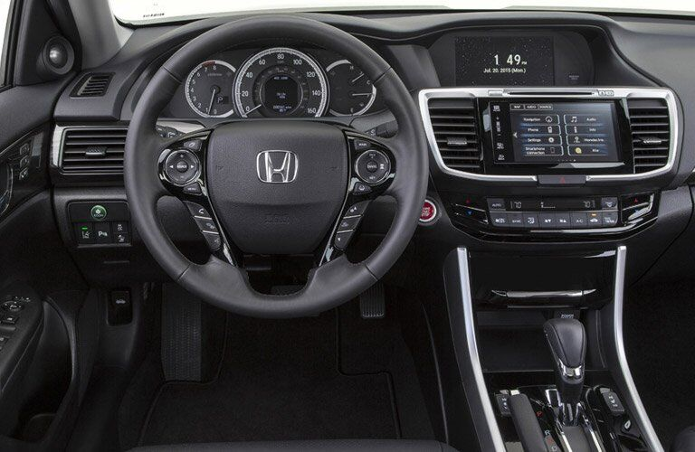 2017 Honda Accord interior features