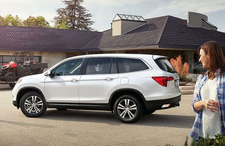 2017 Honda Pilot side profile