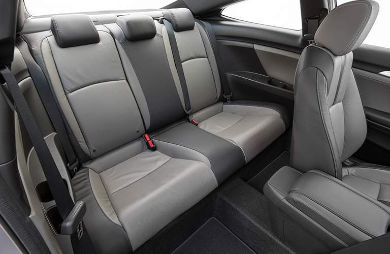 Rear leatherette seating in the 2018 Honda Civic Coupe