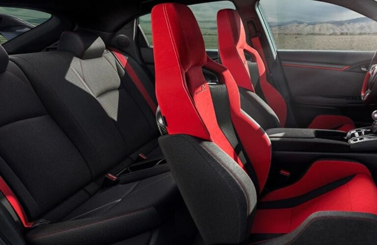 Interior seating in the 2019 Honda Civic Type R