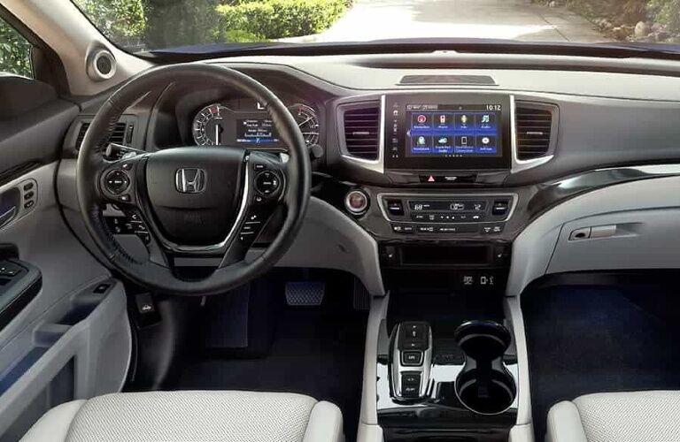 2020 Honda ridgeline cockpit view