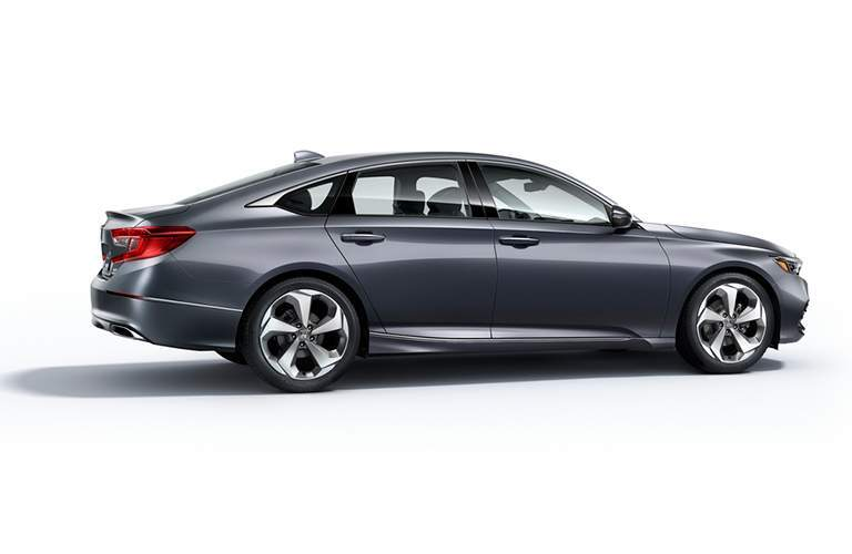 2018 honda accord touring silver side view