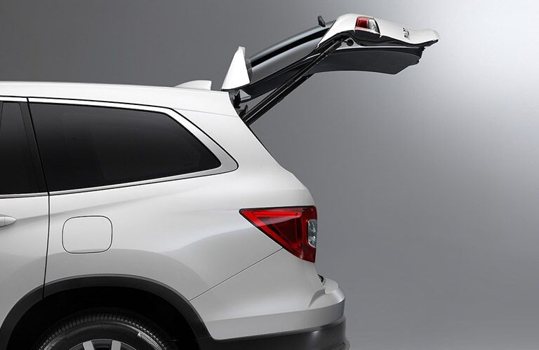 2021 Honda Pilot white exterior driver side tailgate open