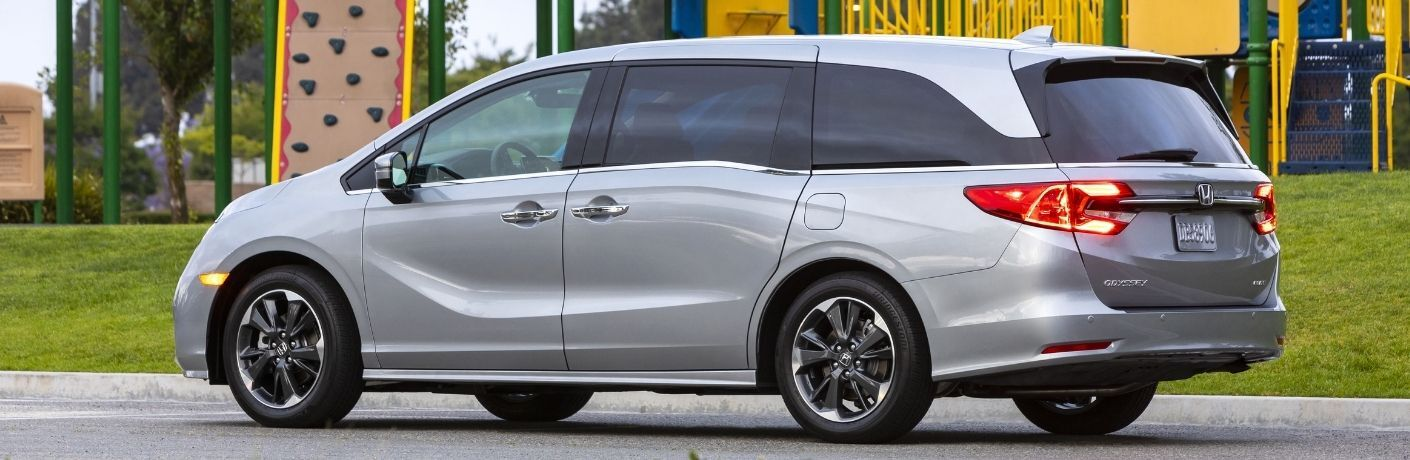 2022 Honda Odyssey profile