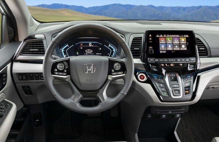 2022 Honda Odyssey steering wheel and dashboard