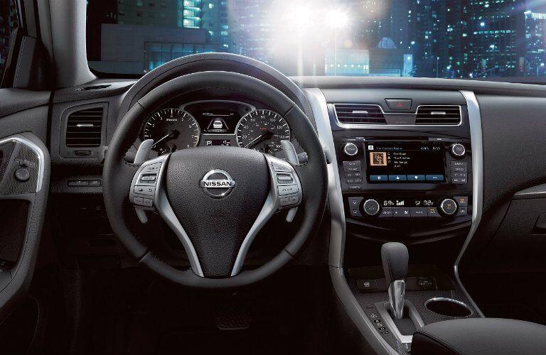 2015 Nissan Altima Rome GA dashboard