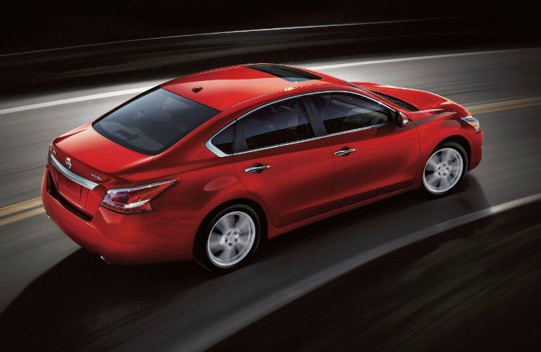 2015 Nissan Altima Rome GA exterior turning