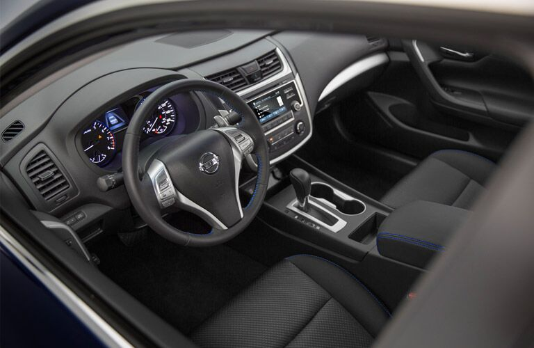 2016 Nissan Altima steering wheel and dashboard view