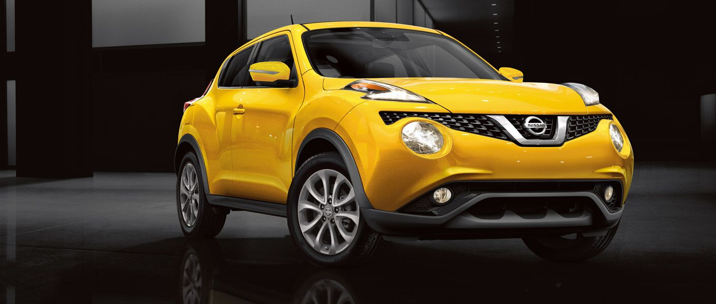 2016 Nissan Juke Rome exterior front yellow