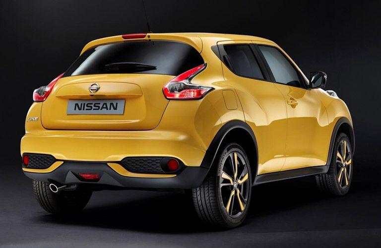 2016 Nissan Juke Rome exterior rear yellow