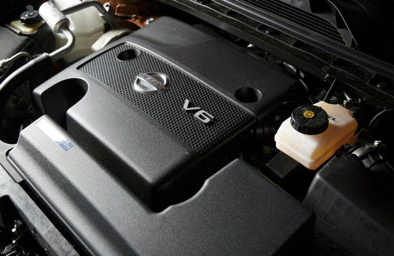 Standard V6 engine on the 2016 Nissan Murano Rome GA