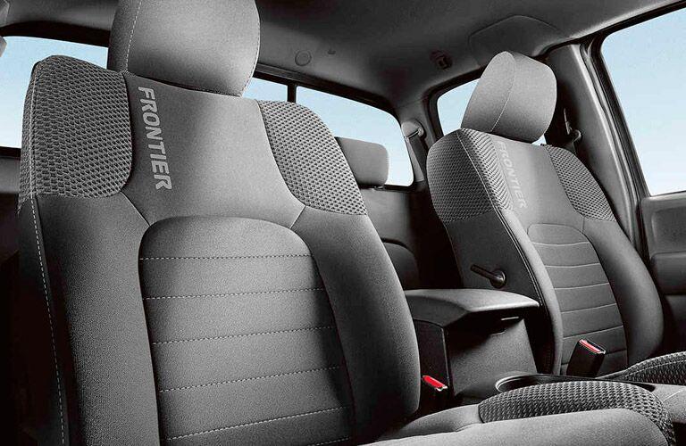 2017 Nissan Frontier interior seats branding
