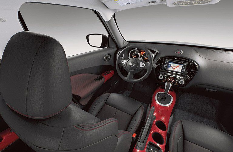 2017 Nissan Juke interior front