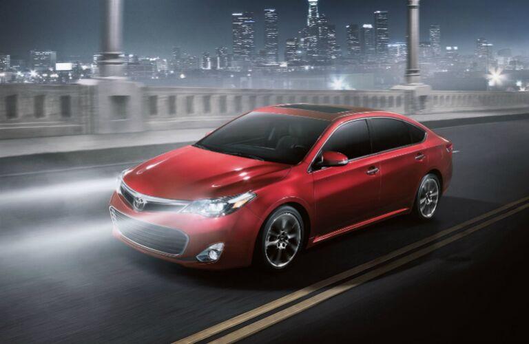 2015 Toyota Avalon Red