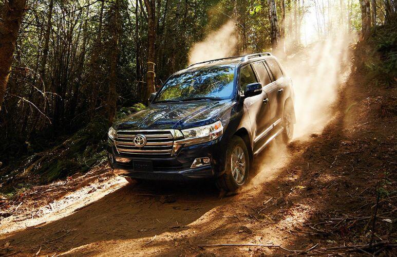 2016 Toyota Land Cruiser vs. 2016 Land Rover Range Rover vs. 2016 Cadillac Escalade fullsize SUVs 80-plus cubic feet cargo room 381 HP Tuscaloosa Toyota AL