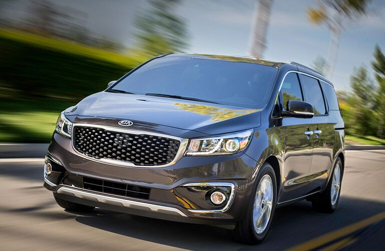 gray 2016 Kia Sedona front end design