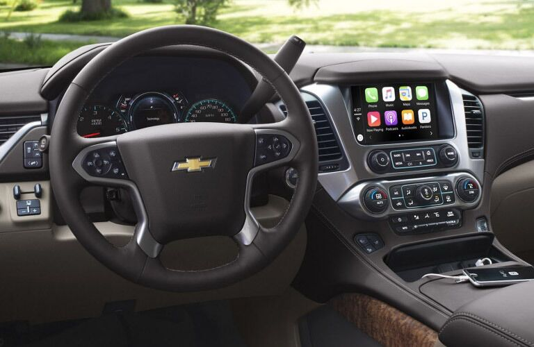 2017 Chevy Suburban technology features