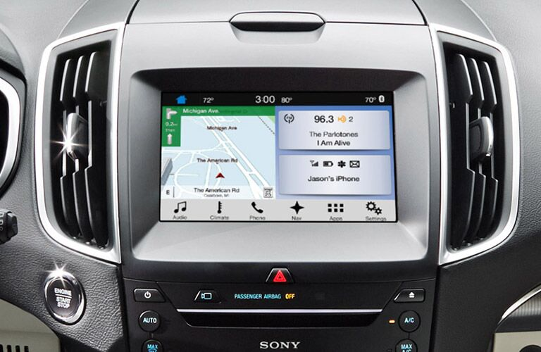 Ford SYNC 3 infotainment 2016 Ford Edge