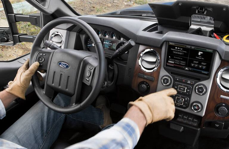 2016 Ford F-250 steering wheel and center dash