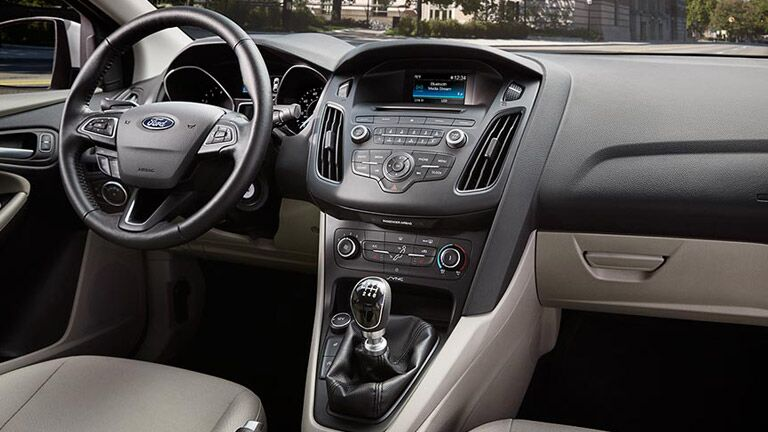 Dashboard view of the 2016 Ford Focus