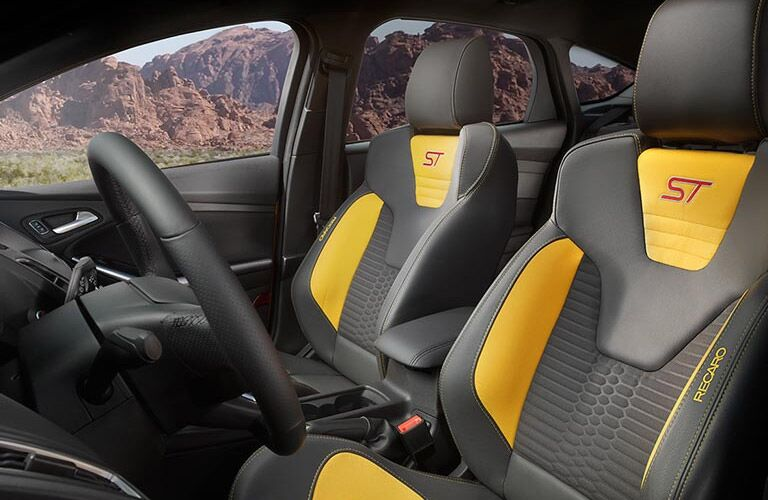2016 Ford Focus ST specialty seating interior view