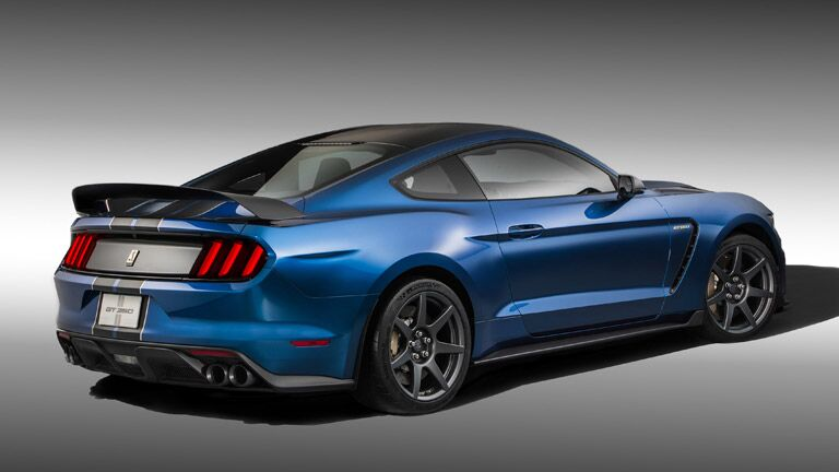 Sporty doesn't even begin to describe the 2016 Ford Mustang Shelby GT350R Atlanta GA.
