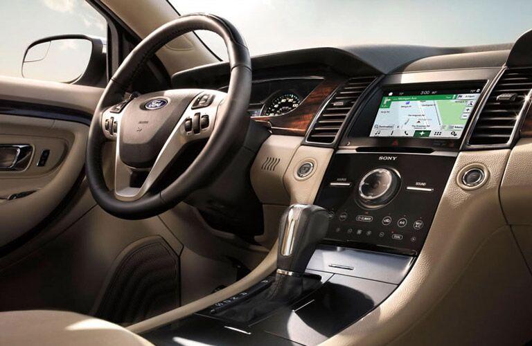 2016 Ford Taurus steering wheel and display