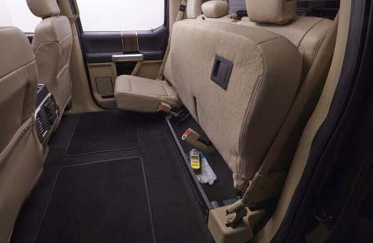 Flat load floor 2016 Ford F-150 King Ranch
