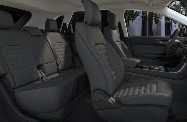 2019 Ford Edge SE 2-row seating