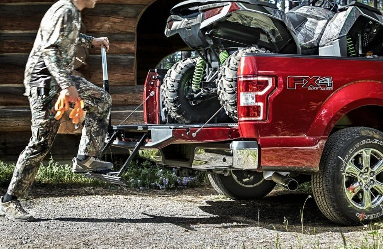 2020 Ford F-150 optional tailgate step