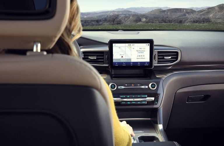 2020 Ford Explorer infotainment system and dashboard