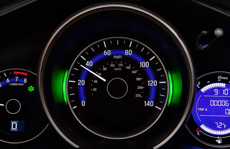 2016 Honda Fit vs 2016 Toyota Yaris gas mileage